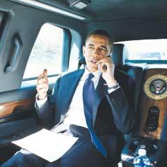 [President Obama no seatbelt]